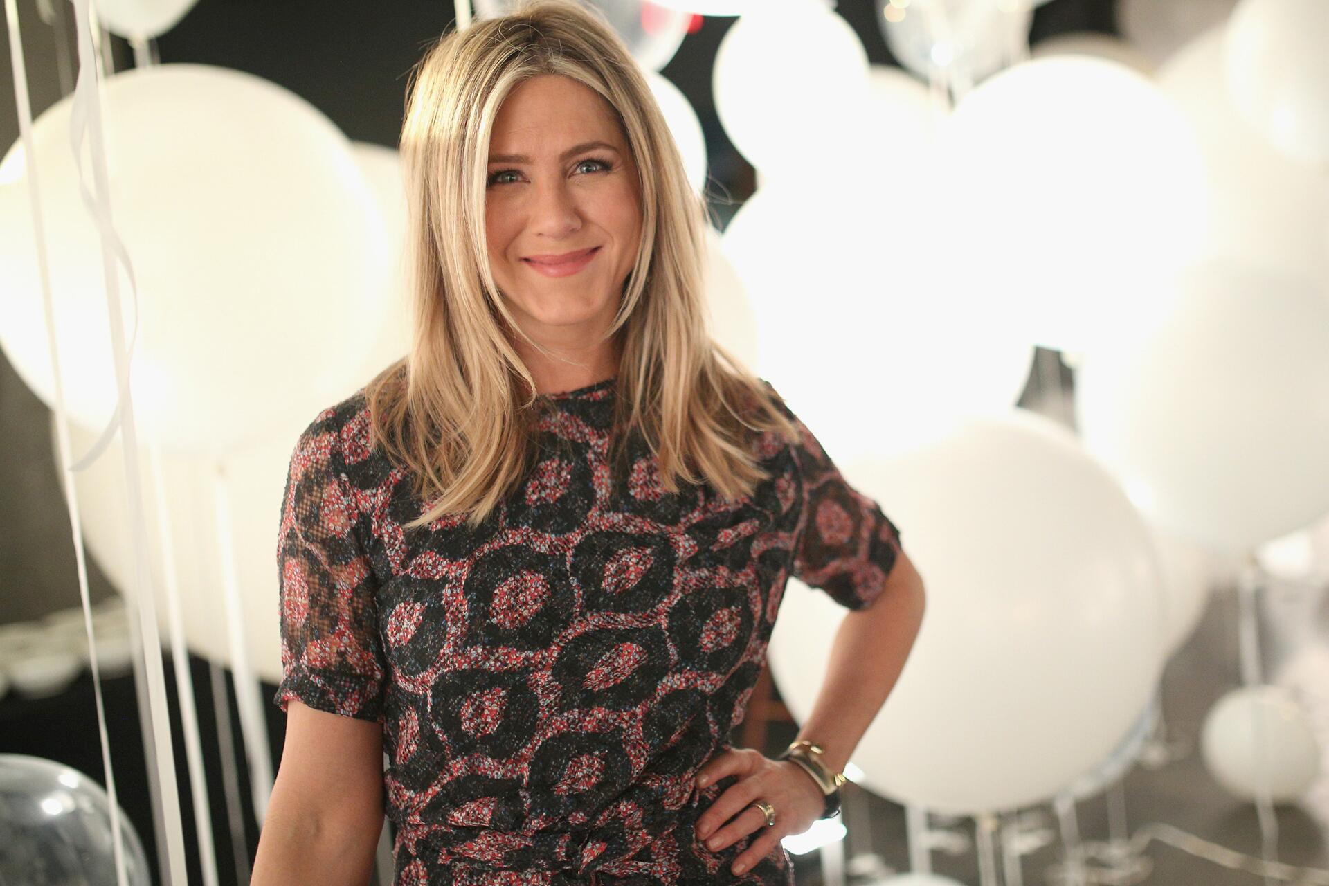 Bild zu Jennifer Aniston, Miss Perfect, Schublade
