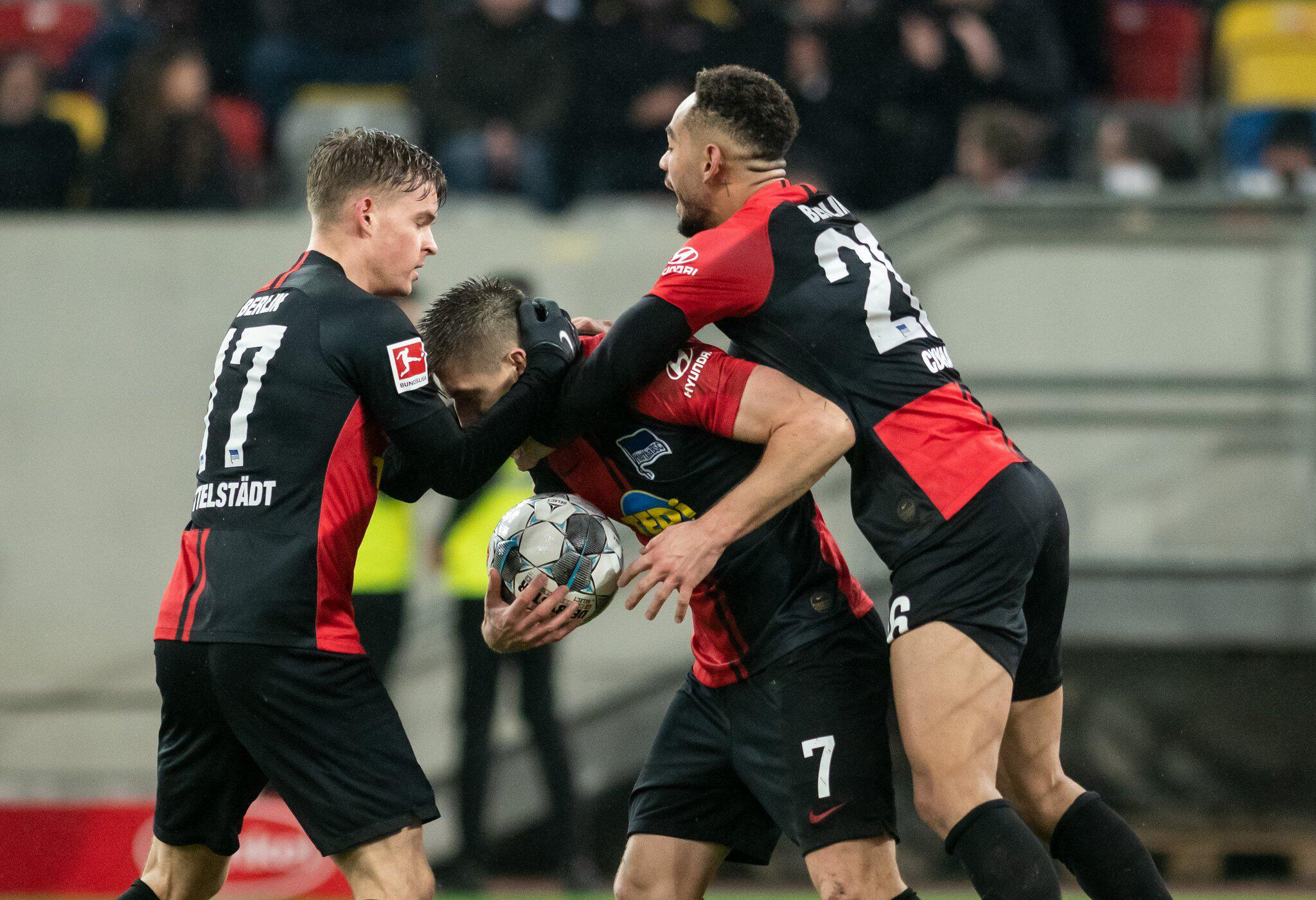 Bild zu Fortuna Düsseldorf - Hertha BSC