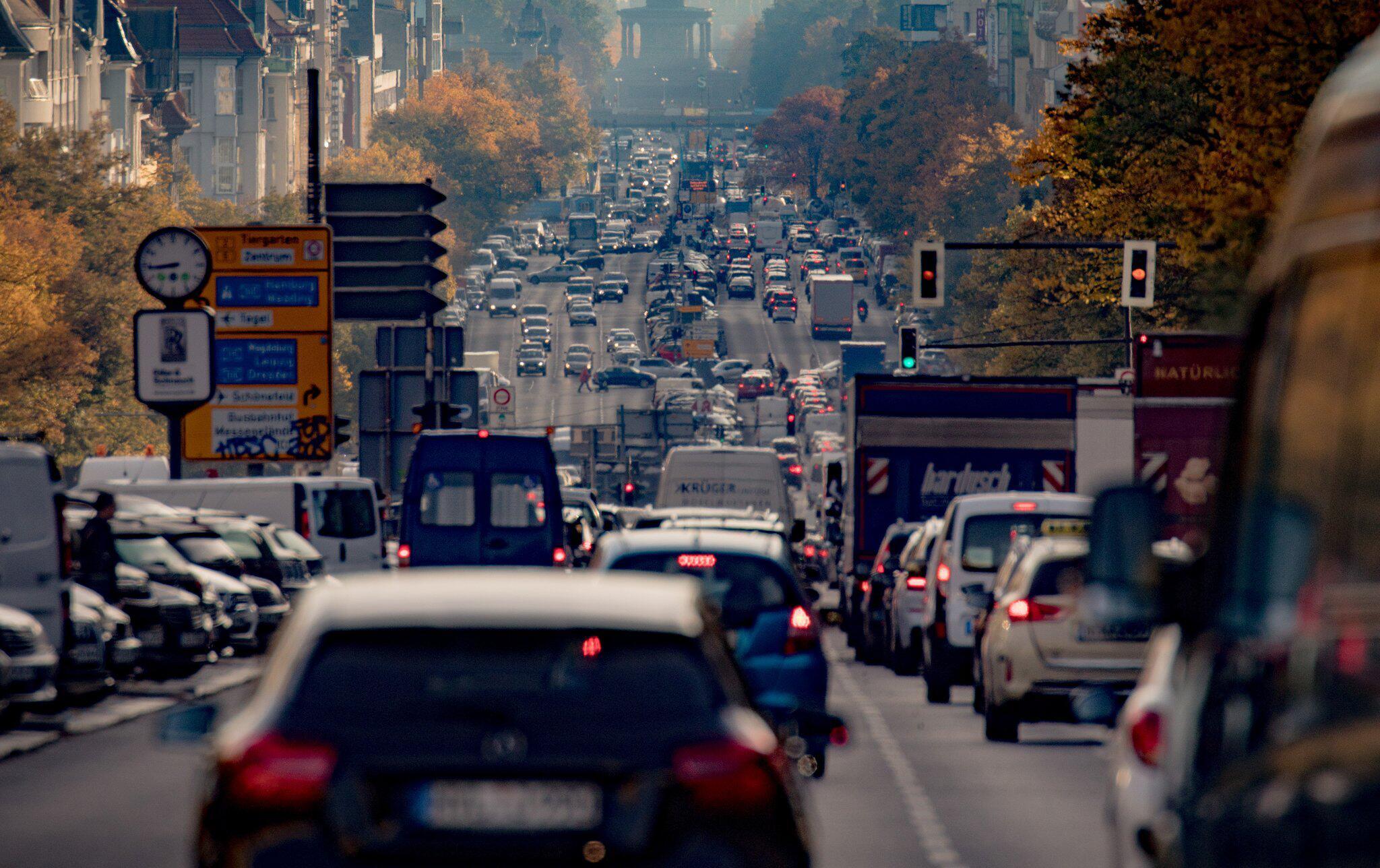 Bild zu Berlin, Hauptstadt, Autos, Verkehr, Diesel, Fahrverbot