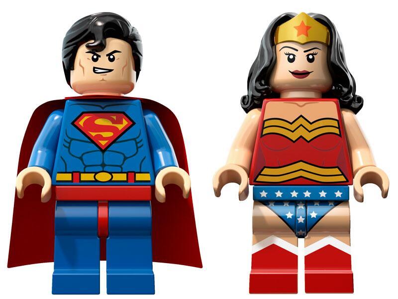 Bild zu Superman und Wonderwoman