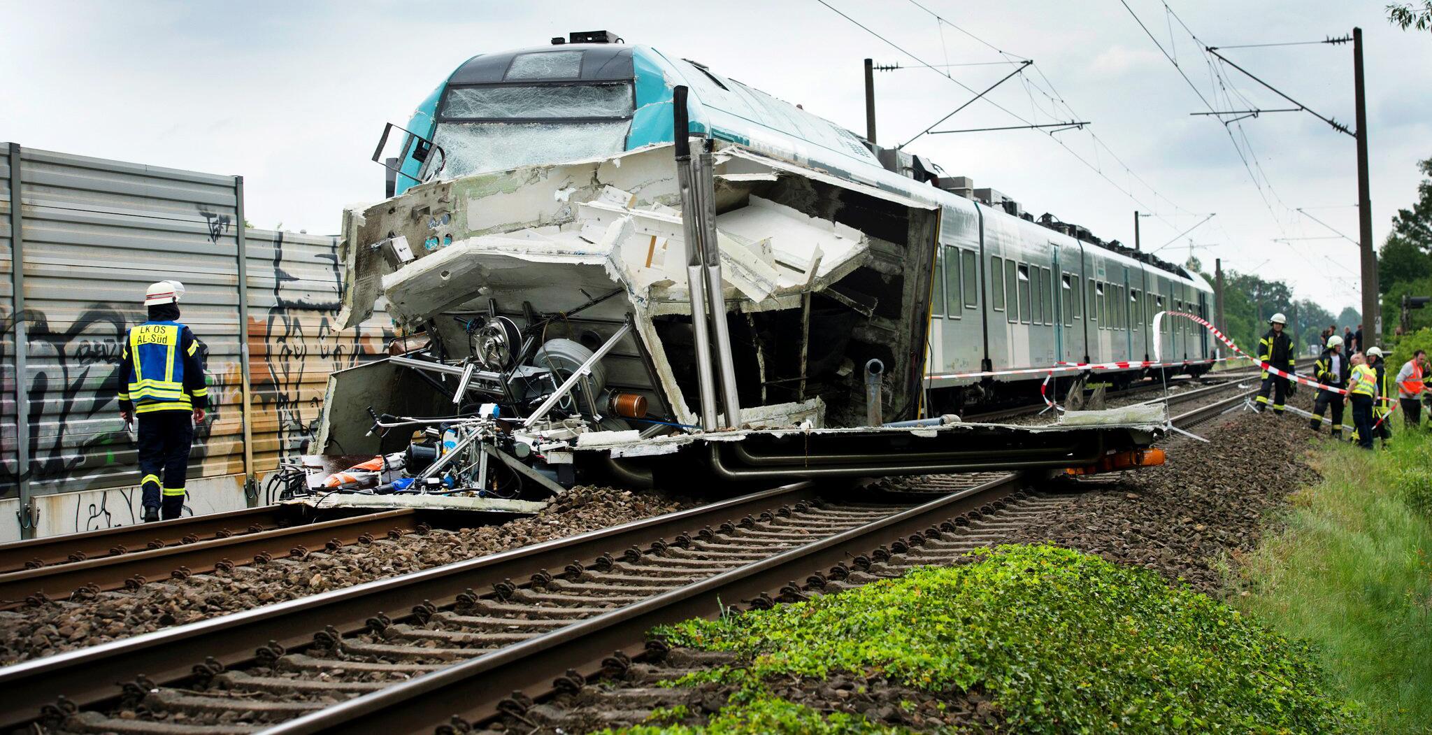 Bild zu Zusammenstoß zwischen Zug und Lastwagen