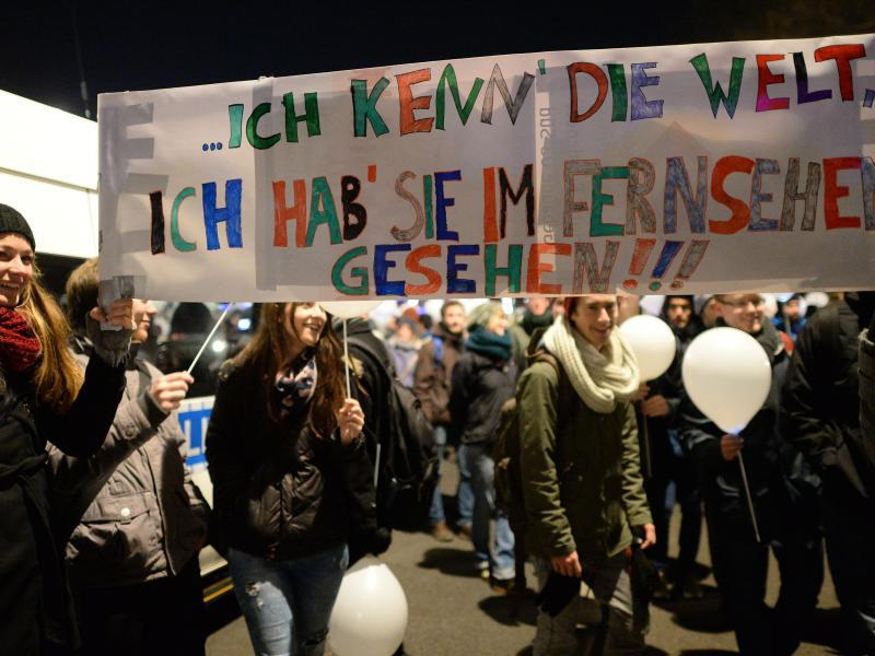 Bild zu Protestplakat