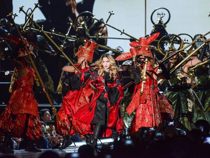 Bild zu Madonna