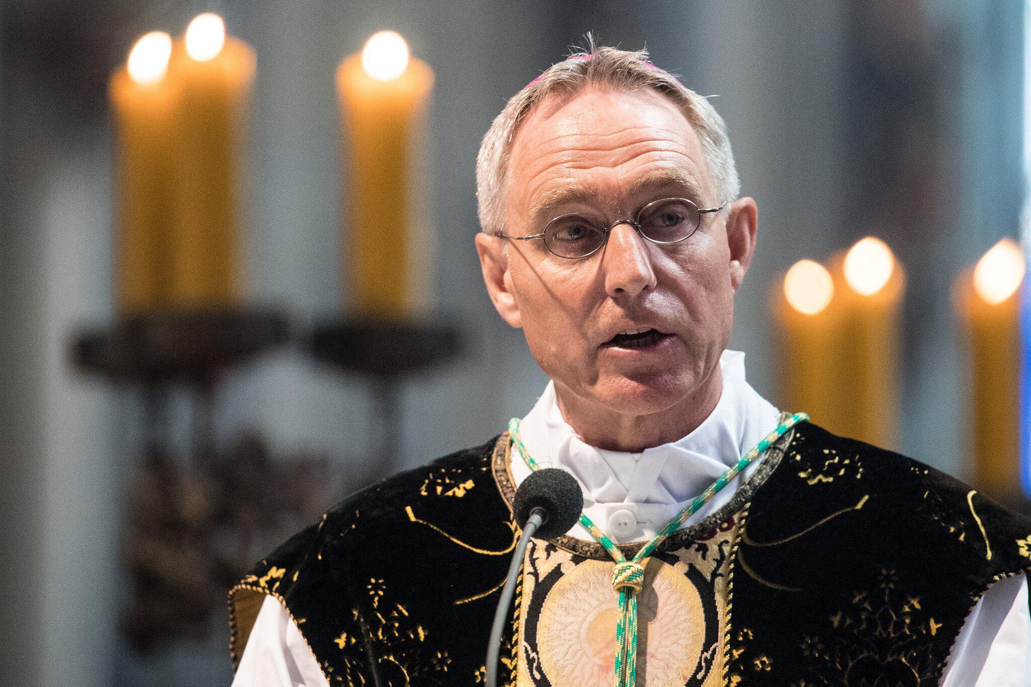 Bild zu Archbishop Georg Gänswein