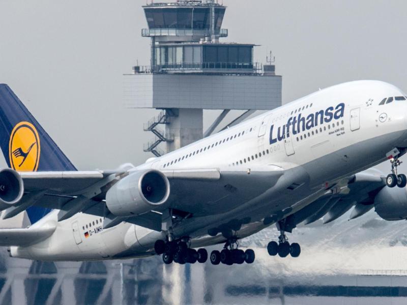 Bild zu Lufthansa-Flugzeug
