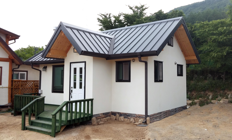 Bild zu Mini-Haus, Außenansicht