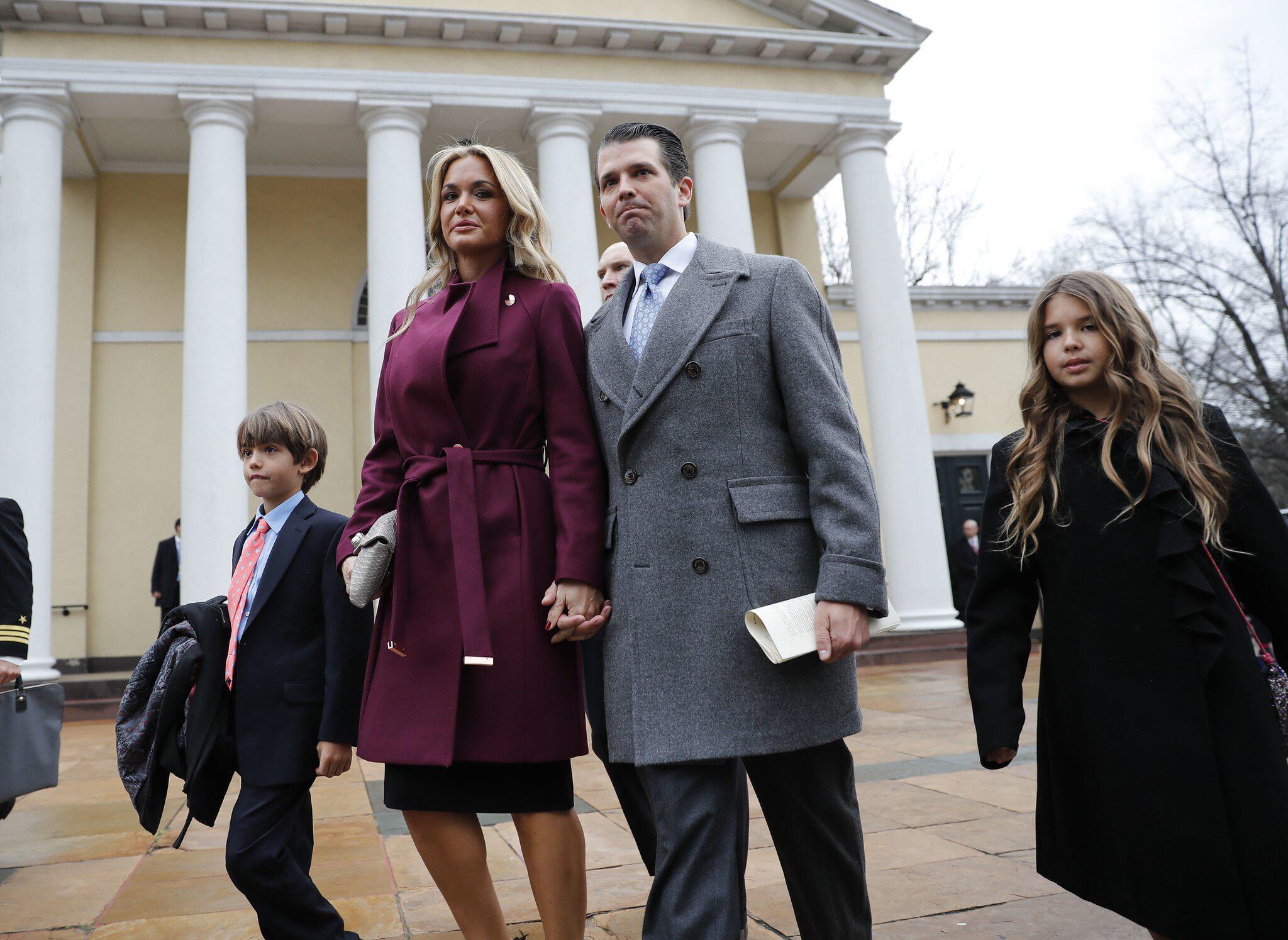 Bild zu Donald Trump Jr. mit Familie