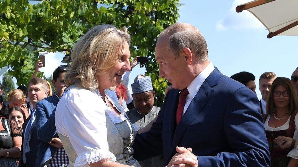 Hochzeit von Außenministerin Kneissl in Österreich, Wladimir Putin