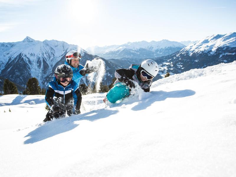 Bild zu Skiurlaub mit der Familie