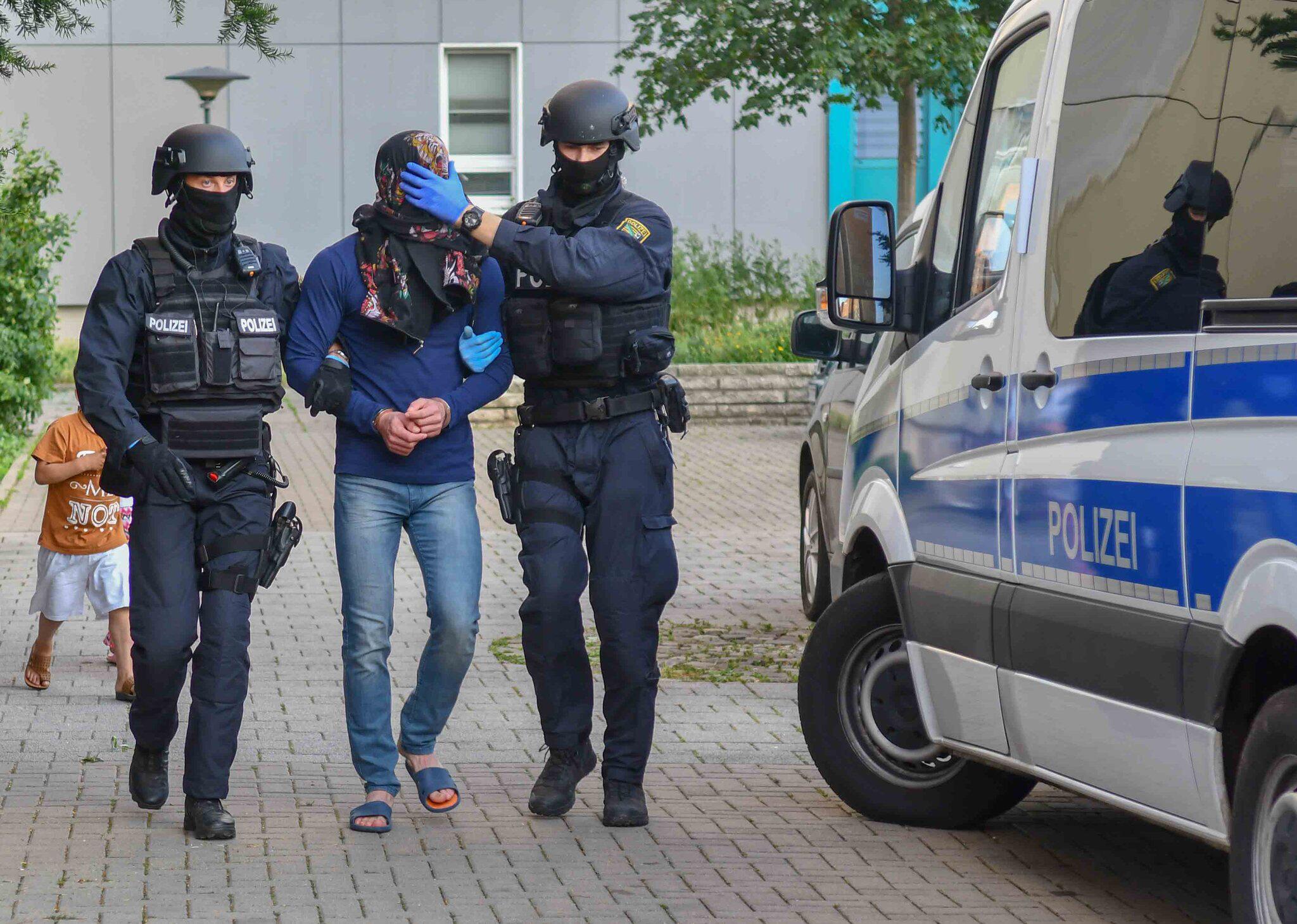 Bild zu Drogenrazzia in Magdeburg