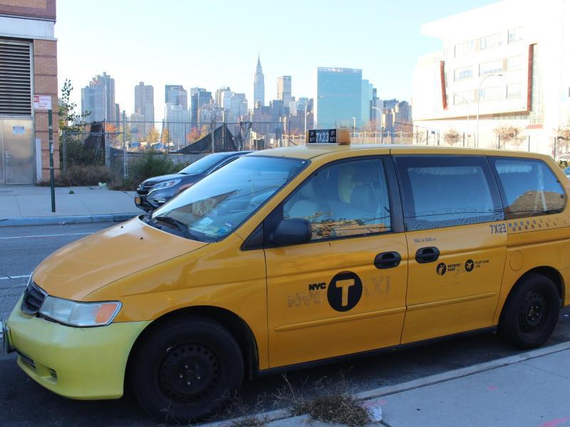 Bild zu Taxi als Hotel