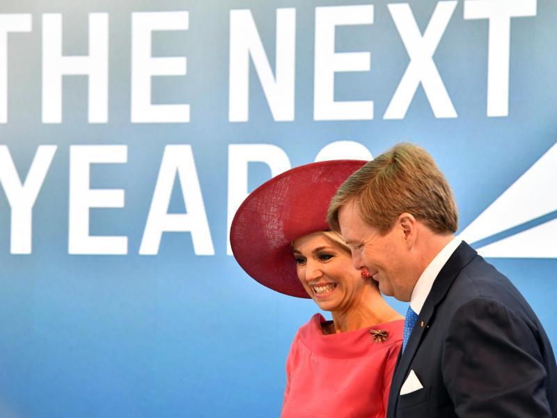 Bild zu Niederländisches Königspaar