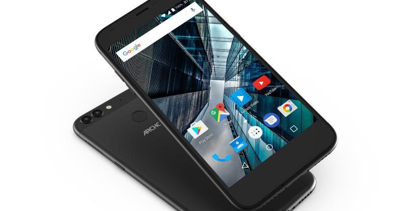 archos zeigt zwei neue smartphones auf mobile world congress web de. Black Bedroom Furniture Sets. Home Design Ideas