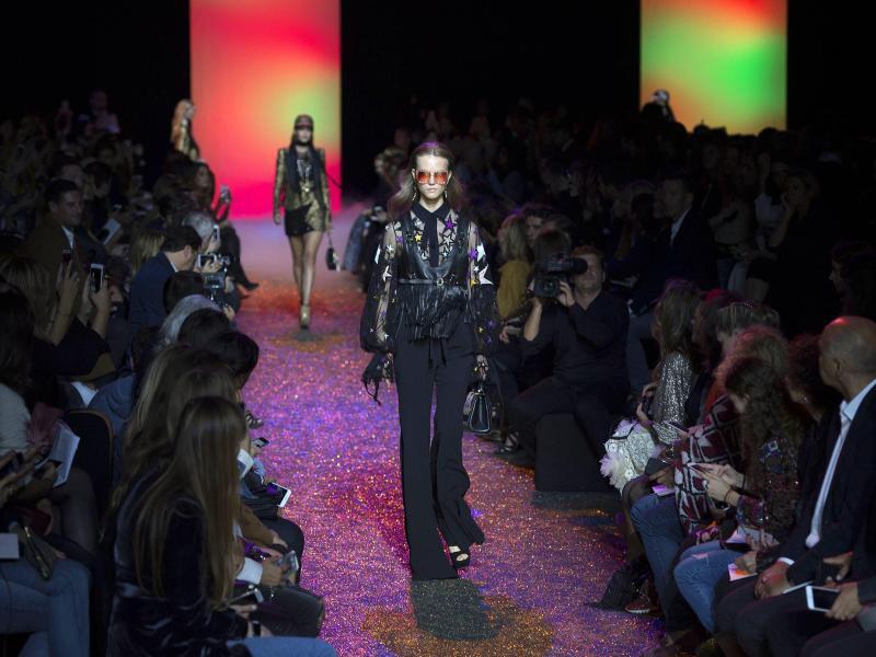 Bild zu Paris Fashion Week - Elie Saab