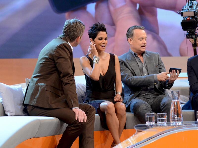 Bild zu Halle Berry und Tom Hanks hätten beinahe für einen Riesen-Eklat gesorgt