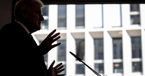 Pressekonferenz, Horst Seehofer, Bundesinnenminister, Berlin, Kabinett