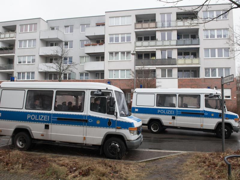 Bild zu Mädchen in Berlin-Alt-Hohenschönhausen getötet