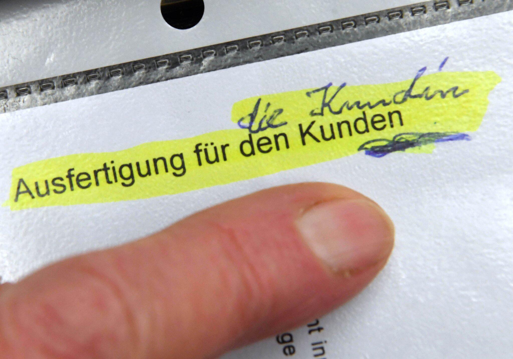 Bild zu BGH verhandelt über Klage einer Sparkassenkundin