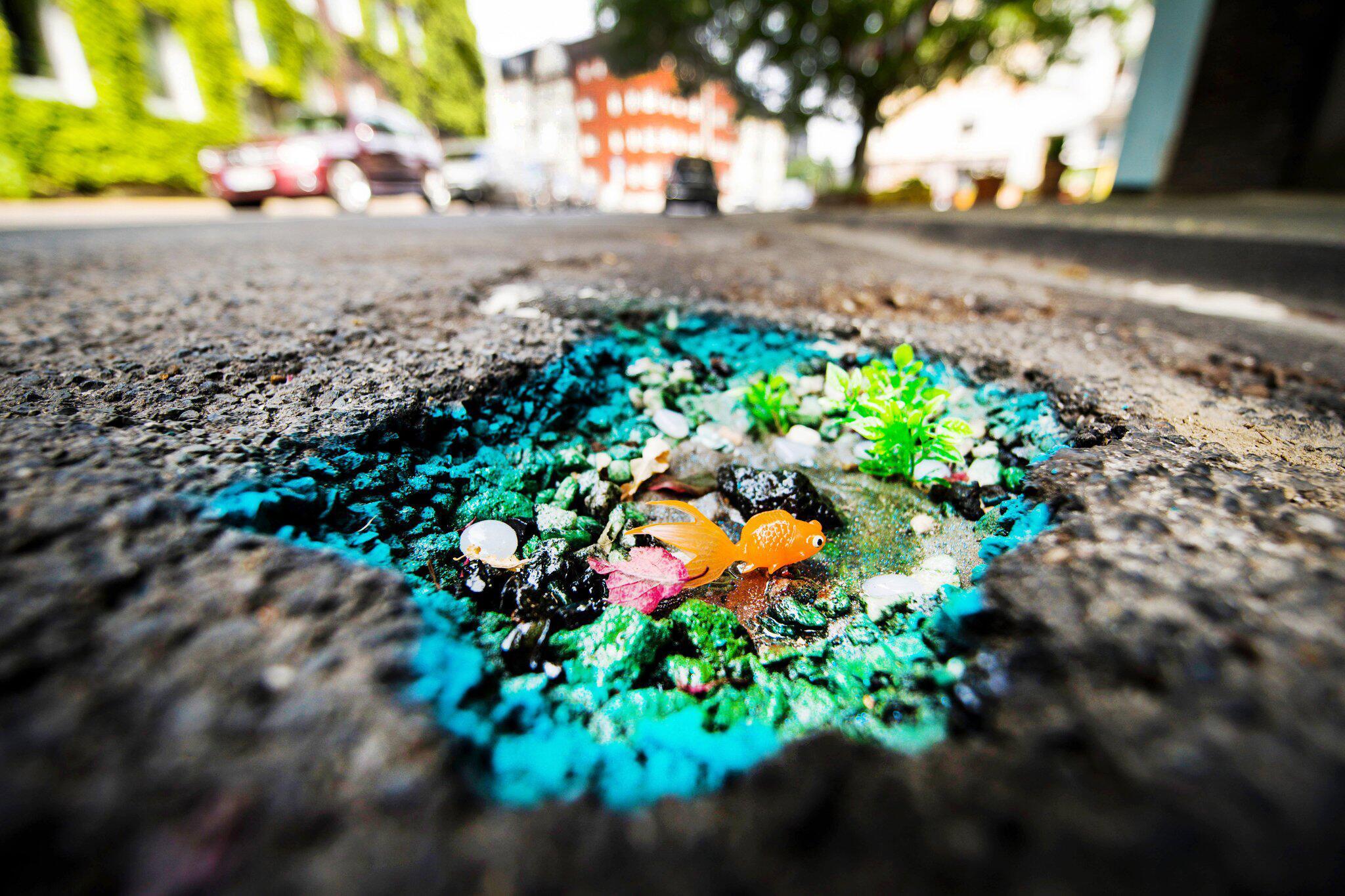 Bild zu «Deutschlands schönstes Schlagloch» wird gerettet