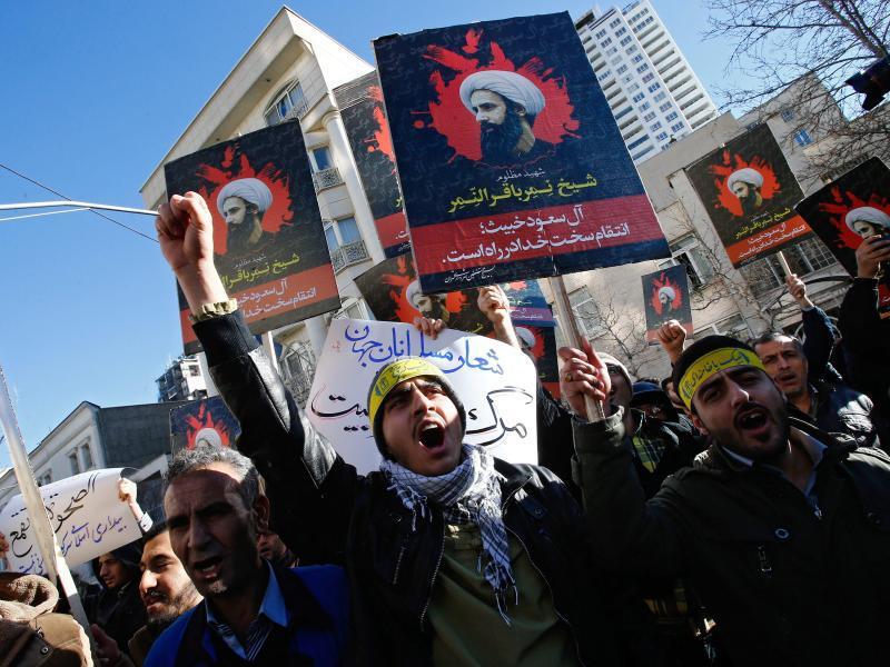 Bild zu Proteste in Teheran