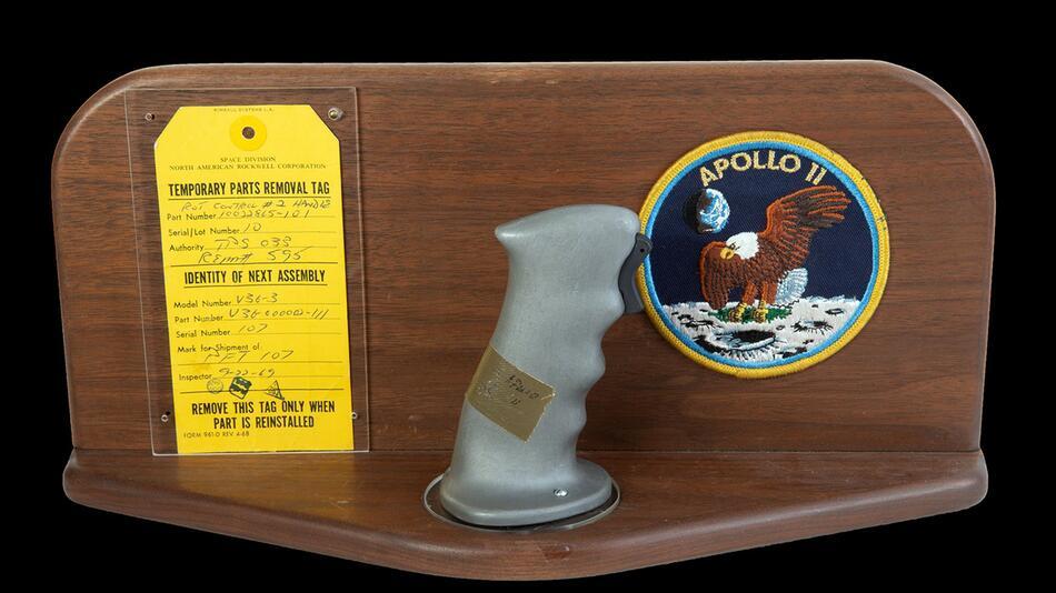Original-Steuerknüppel von Neil Armstrong