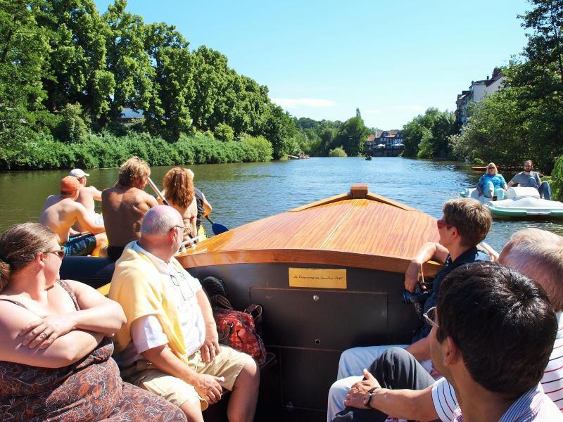 Bild zu Bootstour mit «Elisabeth II»