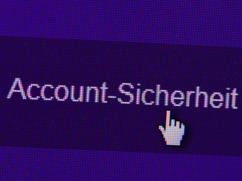 """Bild zu """"Account-Sicherheit"""" steht auf einer Online-Seite"""