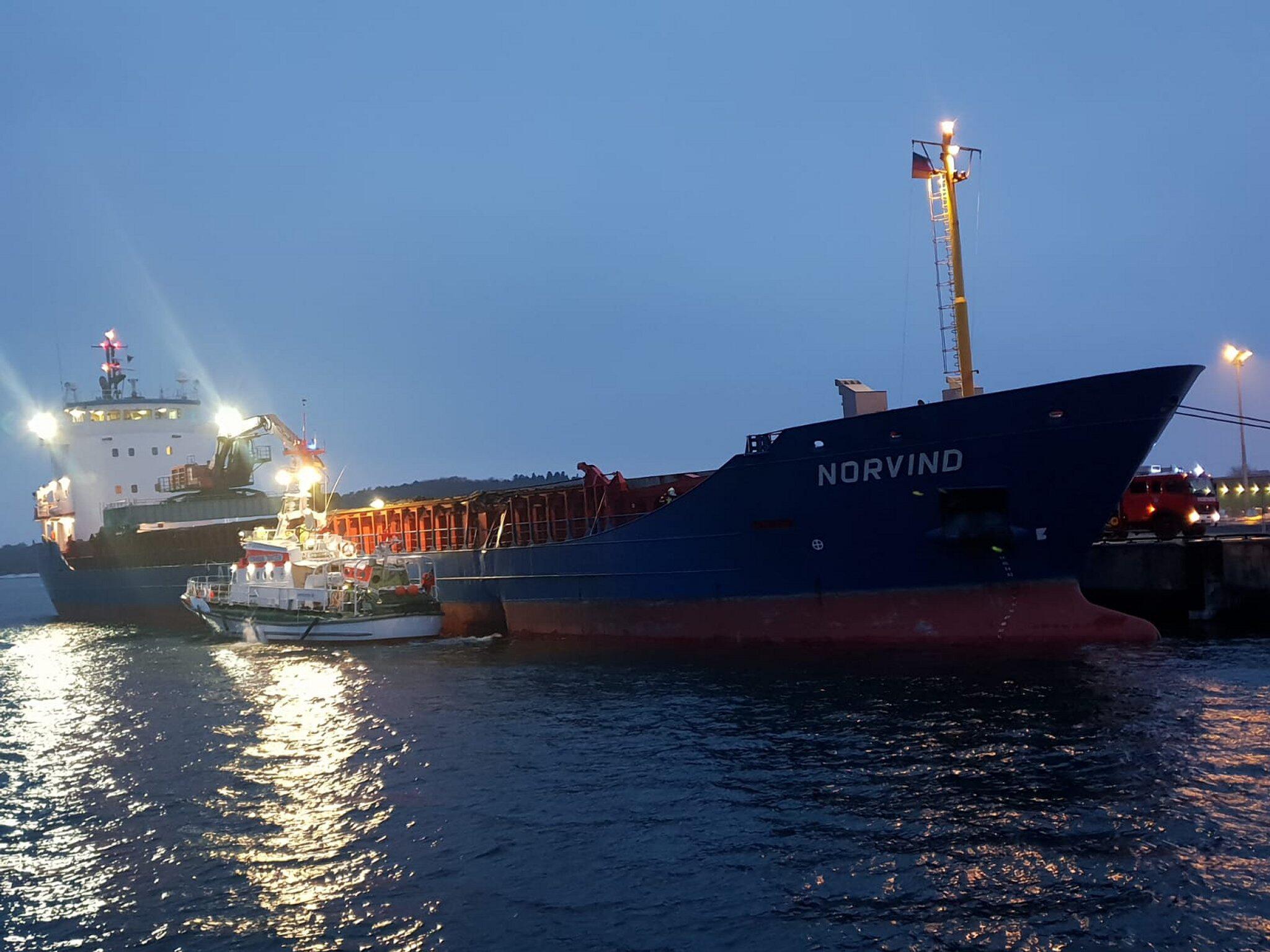 Bild zu Frachter kollidieren vor Rügen