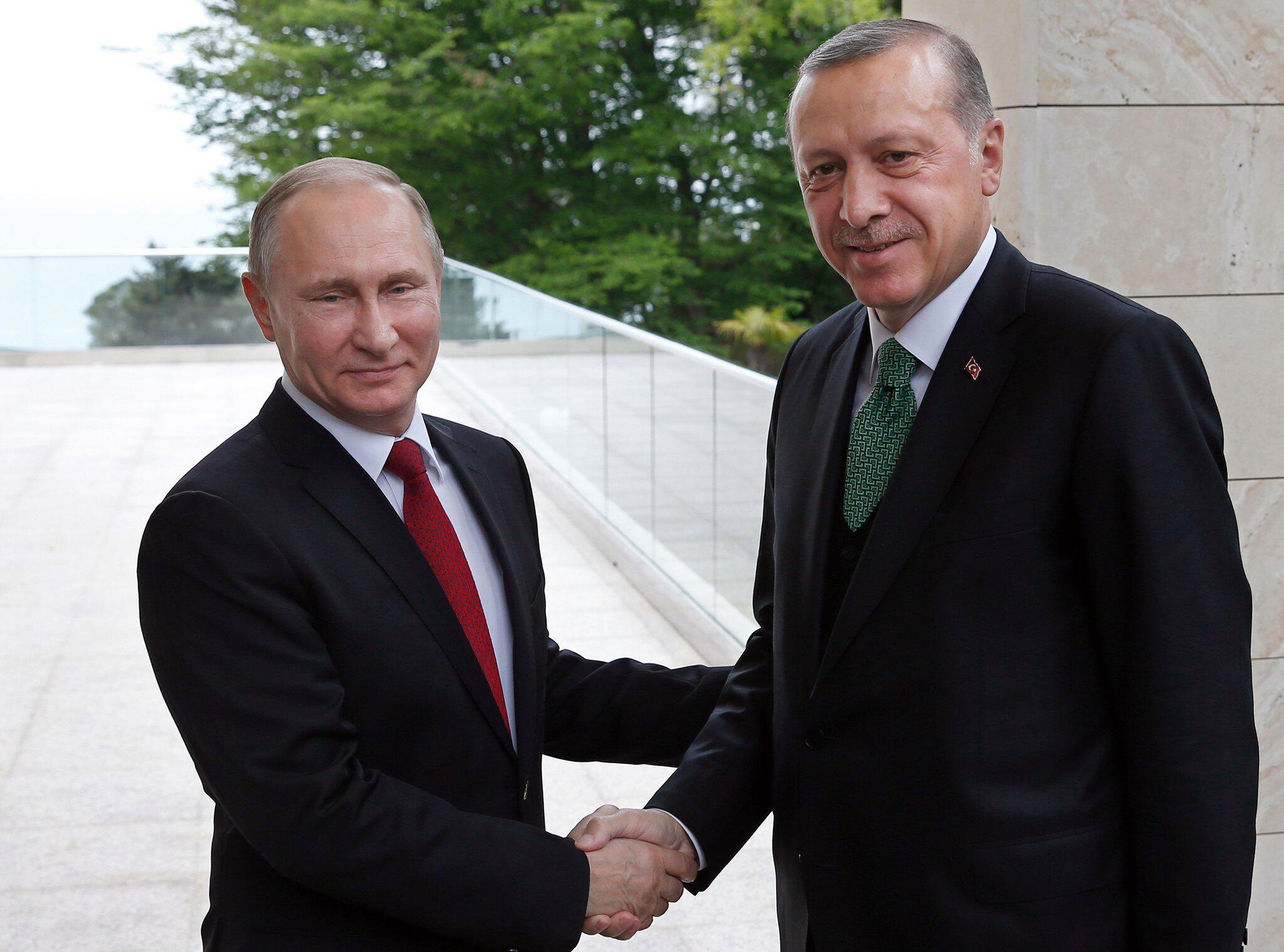 Bild zu Putin empfängt Erdogan in Sotschi