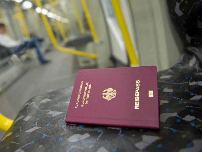 Bild zu Reisepass