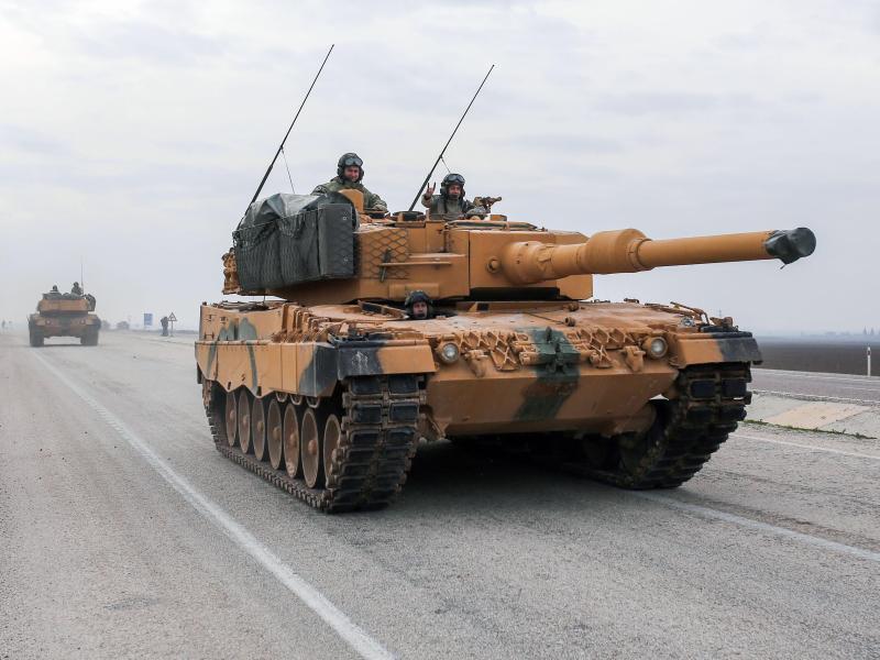 Bild zu «Leopard 2»-Panzer