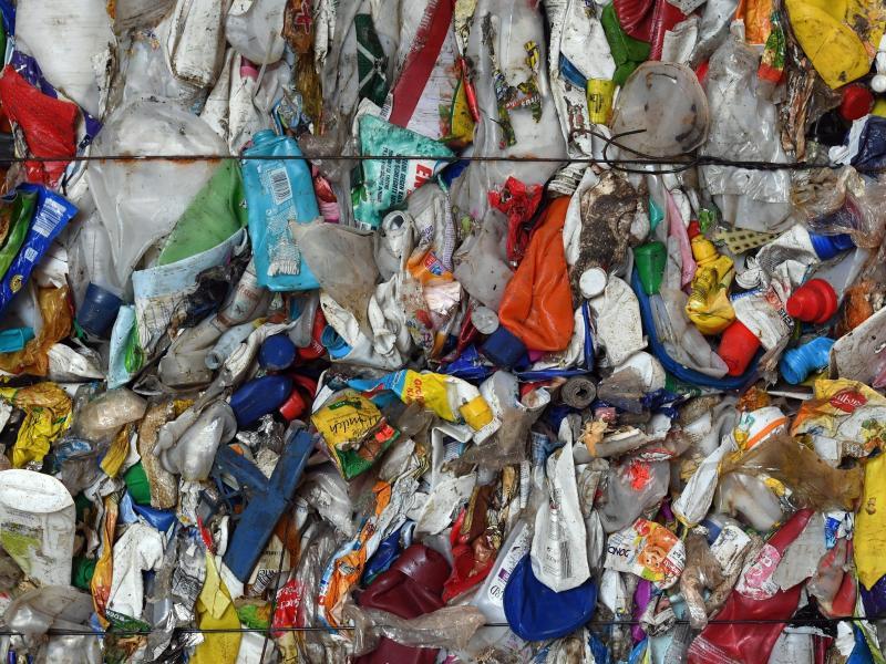 Bild zu Kunststoffabfälle