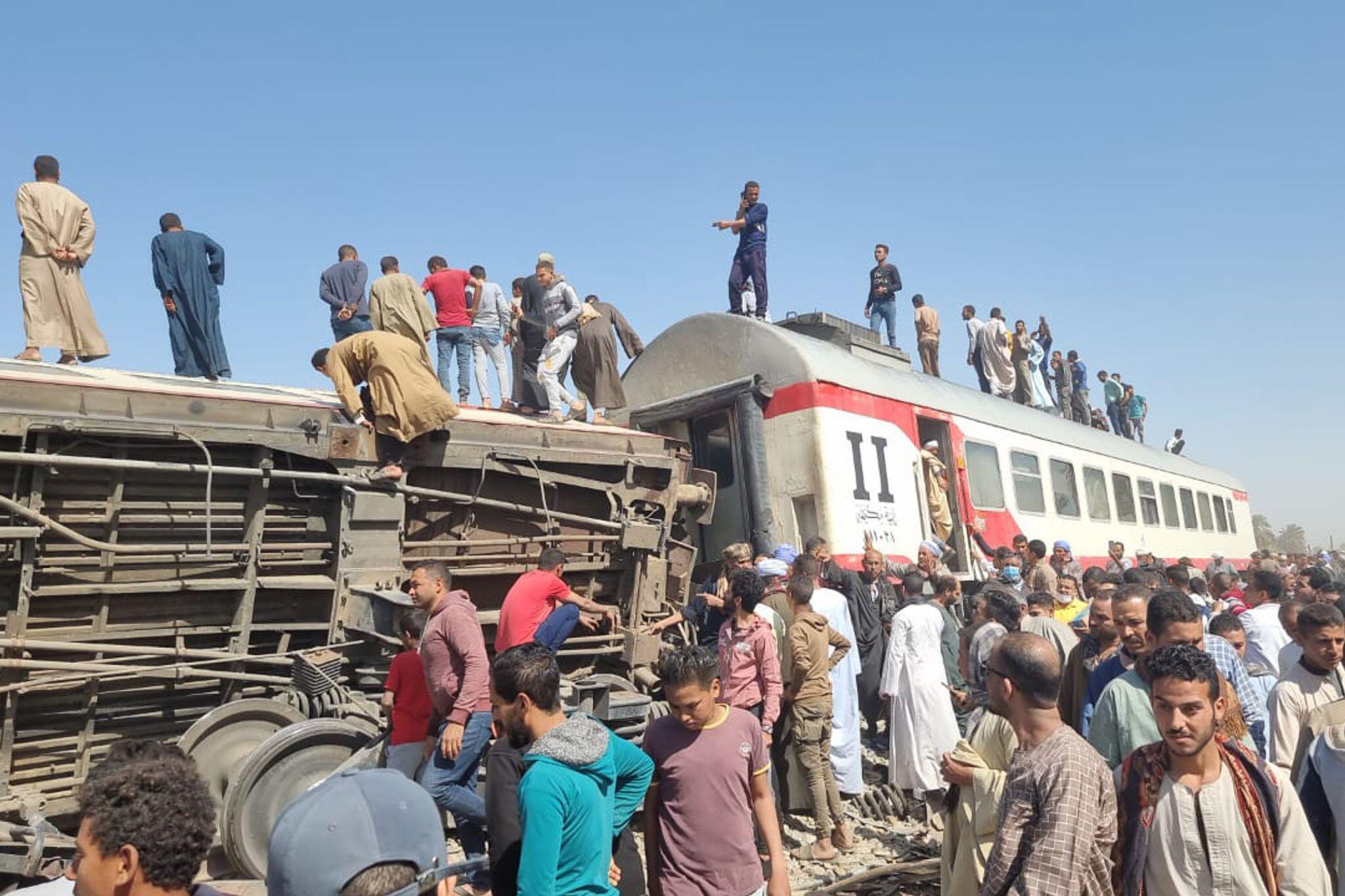 Bild zu Zusammenstoß zweier Züge in Ägypten