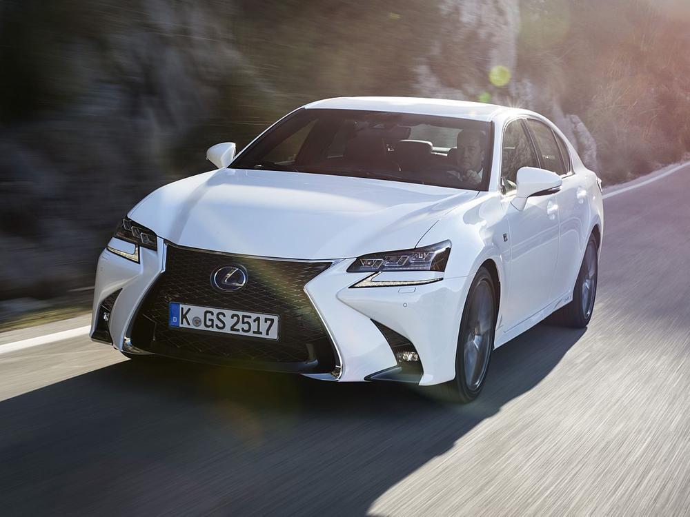 Bild zu Platz 7: Lexus