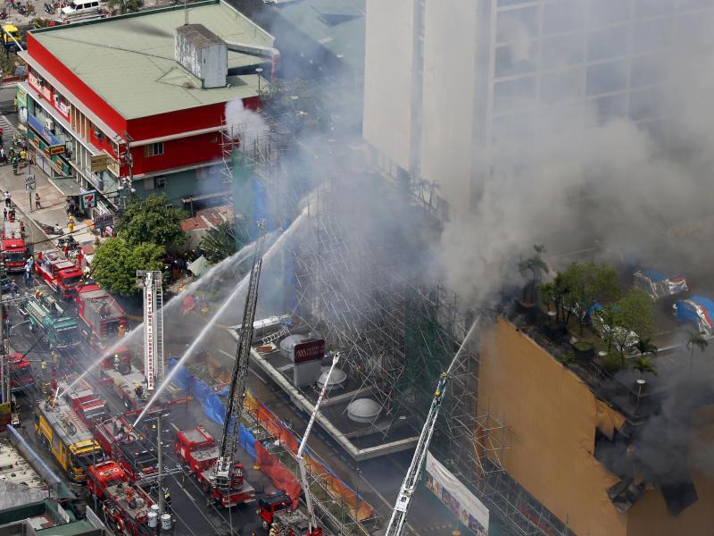 Bild zu Hotelbrand auf den Philippinen