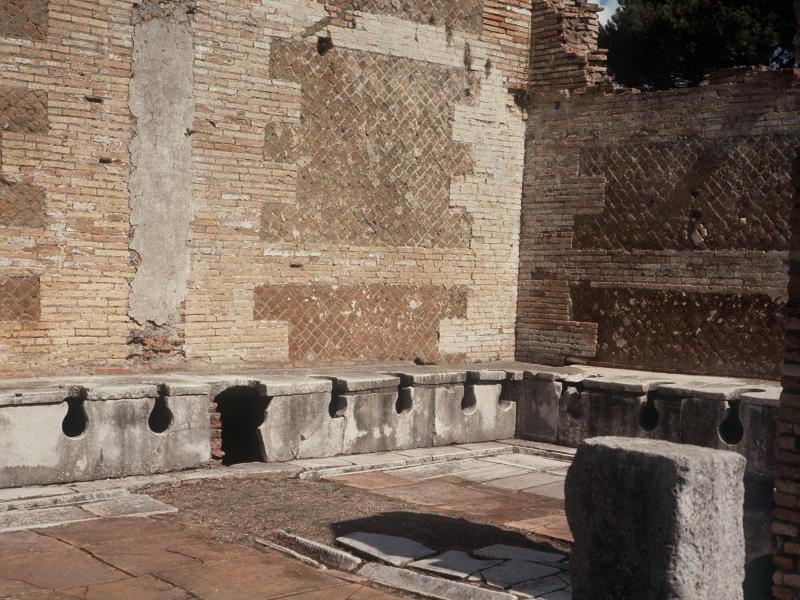 Bild zu Römische Toiletten