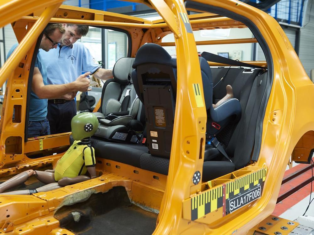 Bild zu ADAC testet Kindersitze