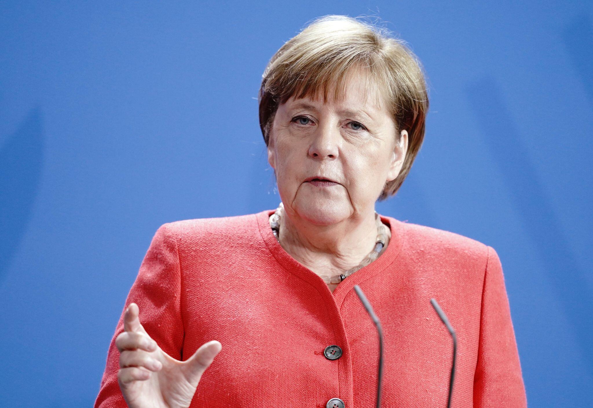 Bild zu Merkel zu Corona-Zahlen