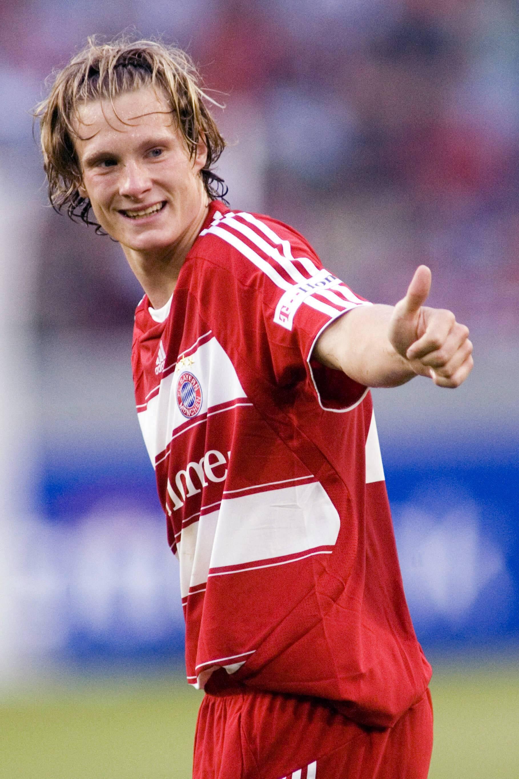 Bild zu Marcell Jansen, FC Bayern,
