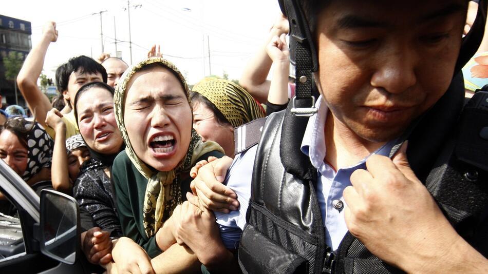 Uiguren, Polizei, China, Polizist