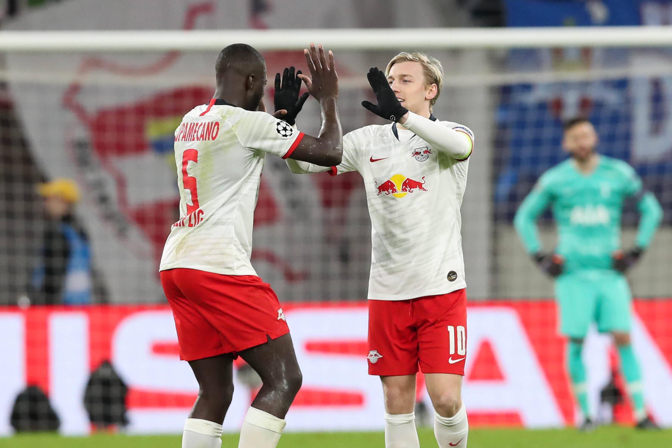 RB Leipzig steht im Halbfinale! So reagiert das Netz