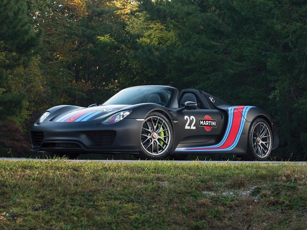 Bild zu 2015 Porsche 918 'Weissach' Spyder