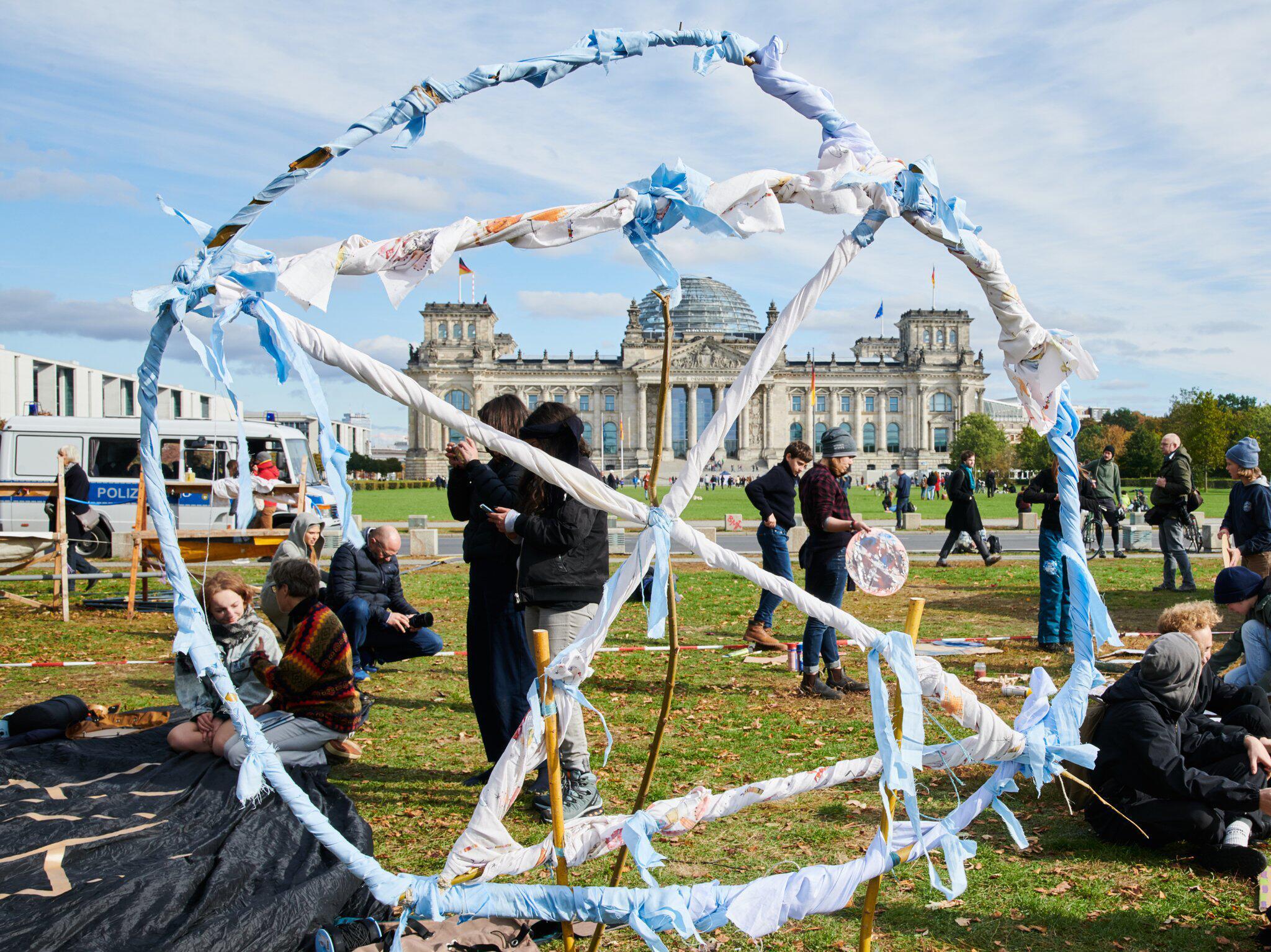 Bild zu Camp der Klimaschutzbewegung Extinction Rebellion