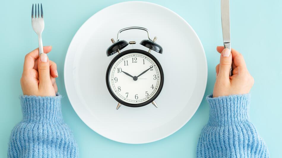 fasten, fastenzeit, diät, verzicht, gesund, intervallfasten, trend, lifestyle, ostern
