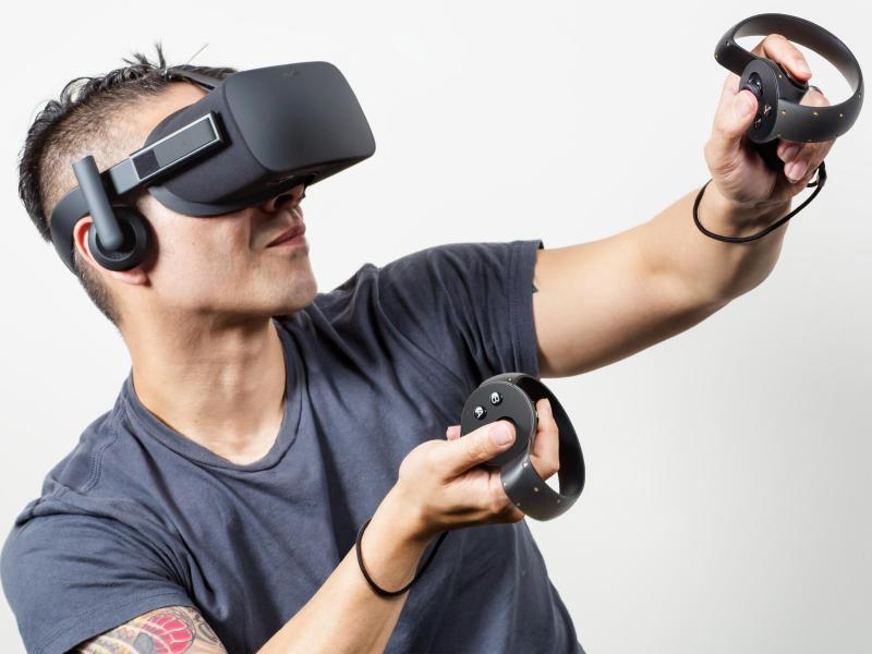 Bild zu VR-Brille Oculus Rift