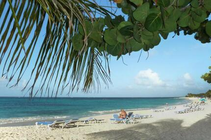Anguilla: Kurze Wege zum Strand