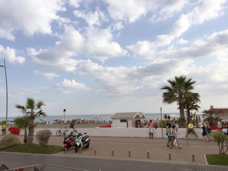 stress im sand italien und der strandbad streit. Black Bedroom Furniture Sets. Home Design Ideas