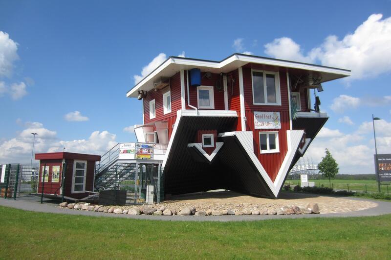 Reise-Schmankerl, Teil 2: Diese Häuser stehen Kopf   WEB.DE