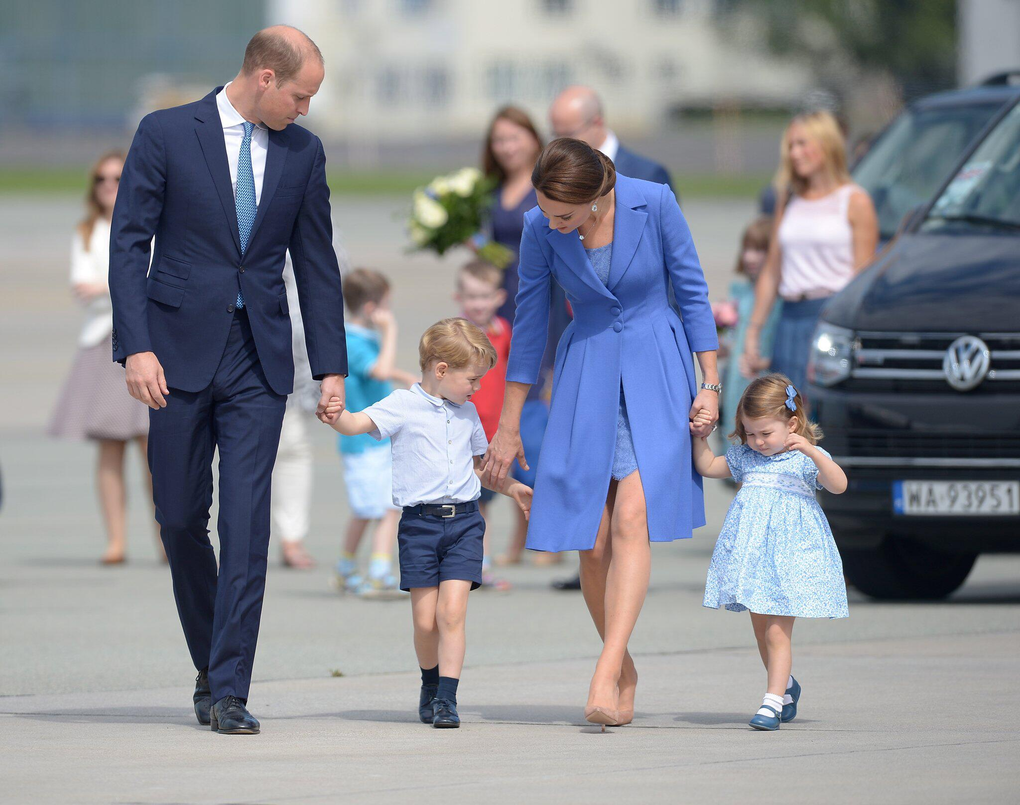 Bild zu Prinz William, Herzogin Kate, Prinz George, Prinzessin Charlotte