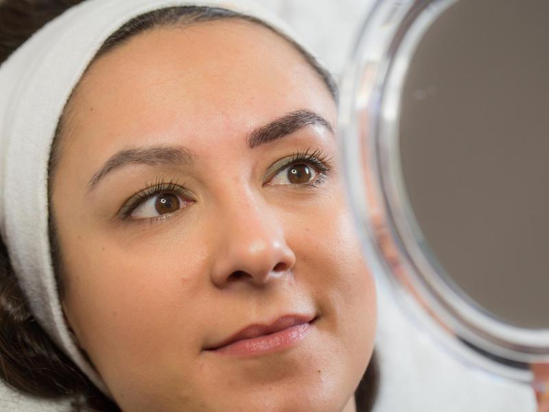 Bild zu Permanent Make-up: Schminke, die unter die Haut geht